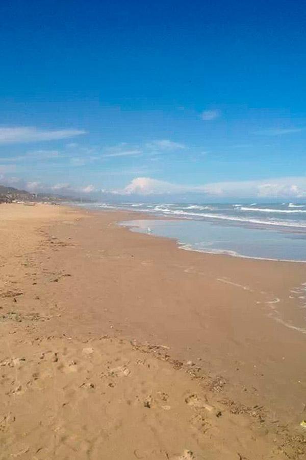 Hotel a silvi marina sul mare per vacanze in abruzzo for Vacanze a barcellona sul mare